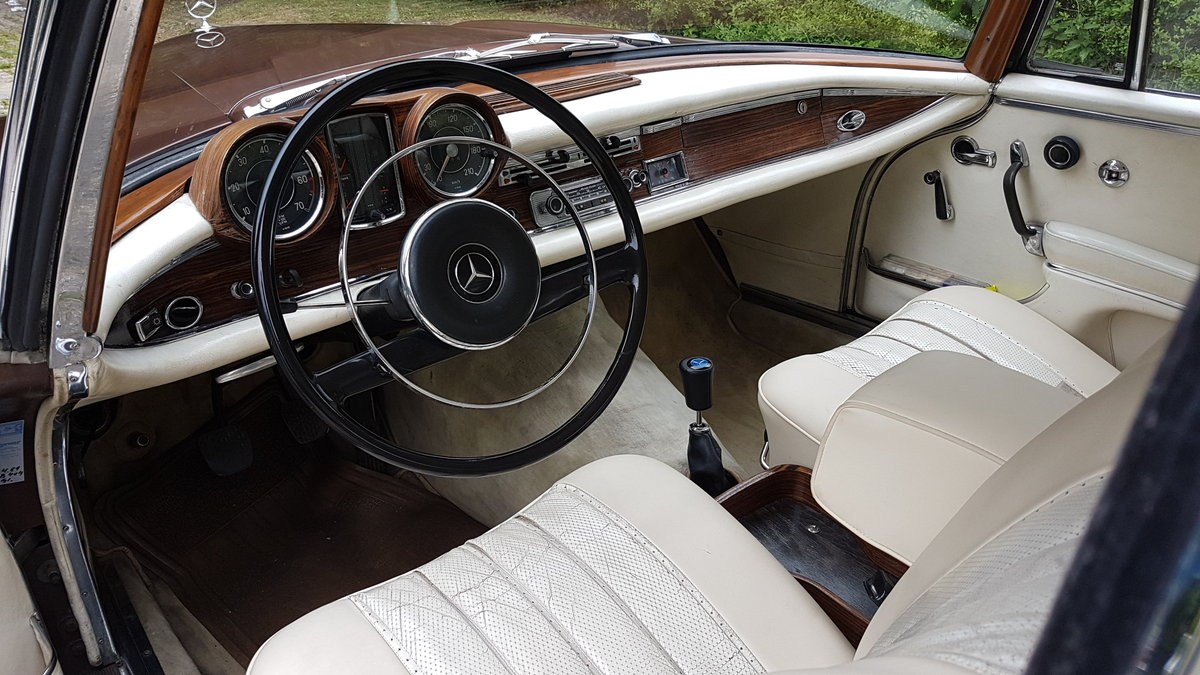 Mercedes 220 SE Coupe (1964) For Sale (picture 5 of 6)
