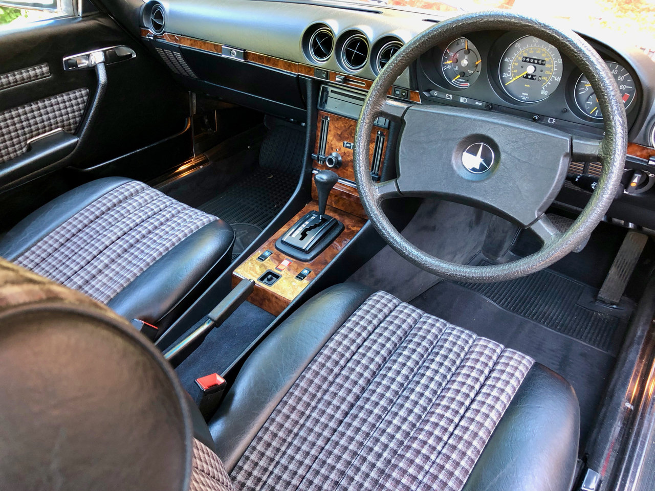 1985/C- Mercedes 280SL R107 **SOLD** 82k. FSH. 300SL 420 For Sale (picture 5 of 6)