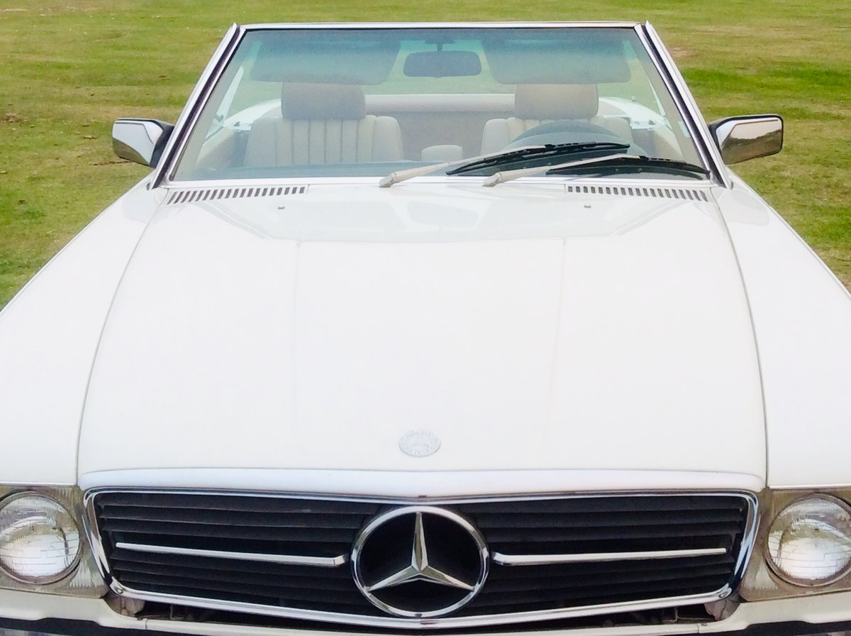 1983 LHD 380SL Cab Auto For Sale (picture 2 of 4)