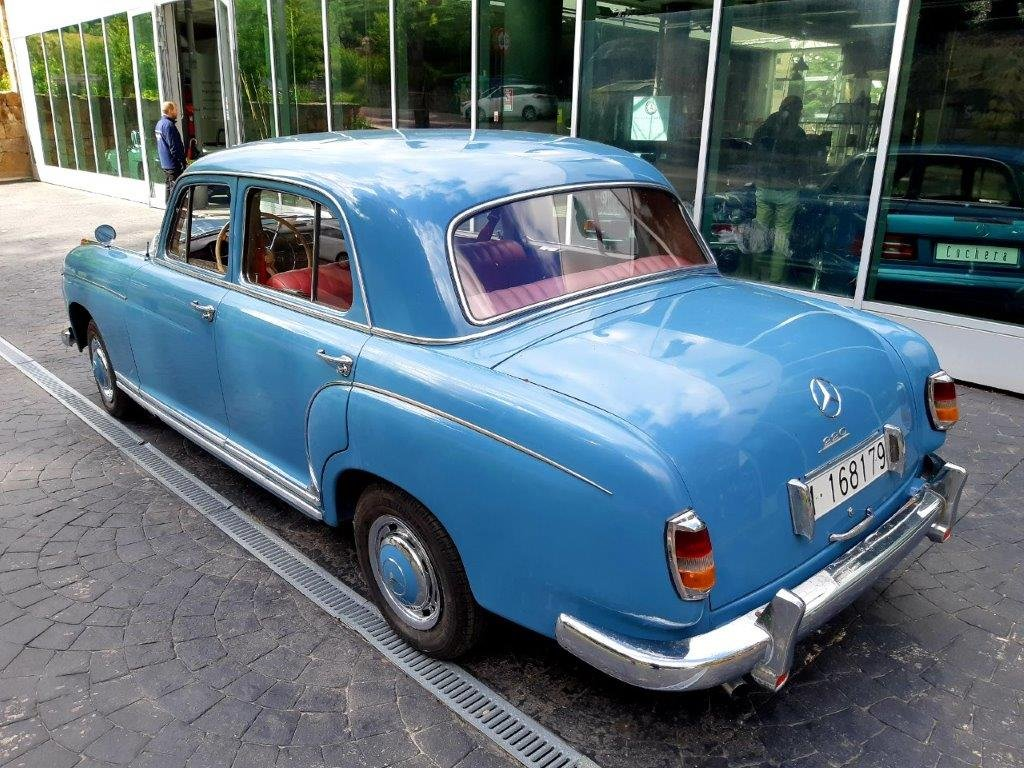 1956 Mercedes-Benz 220S Ponton For Sale (picture 2 of 6)