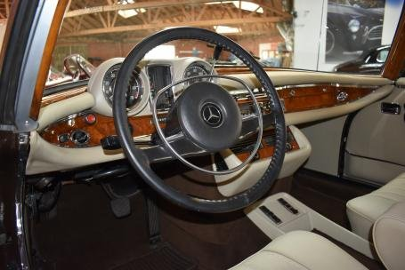 1971 Mercedes Benz 280SE 3.5 Cabriolet = Brown(~)Tan $299.5k For Sale (picture 4 of 6)