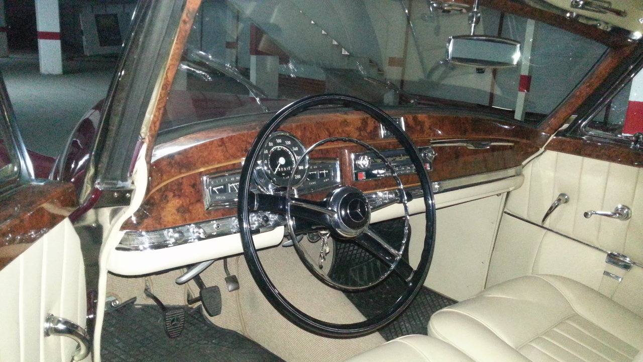 1952 Mercedes 300s coupe cabriolet For Sale (picture 2 of 3)