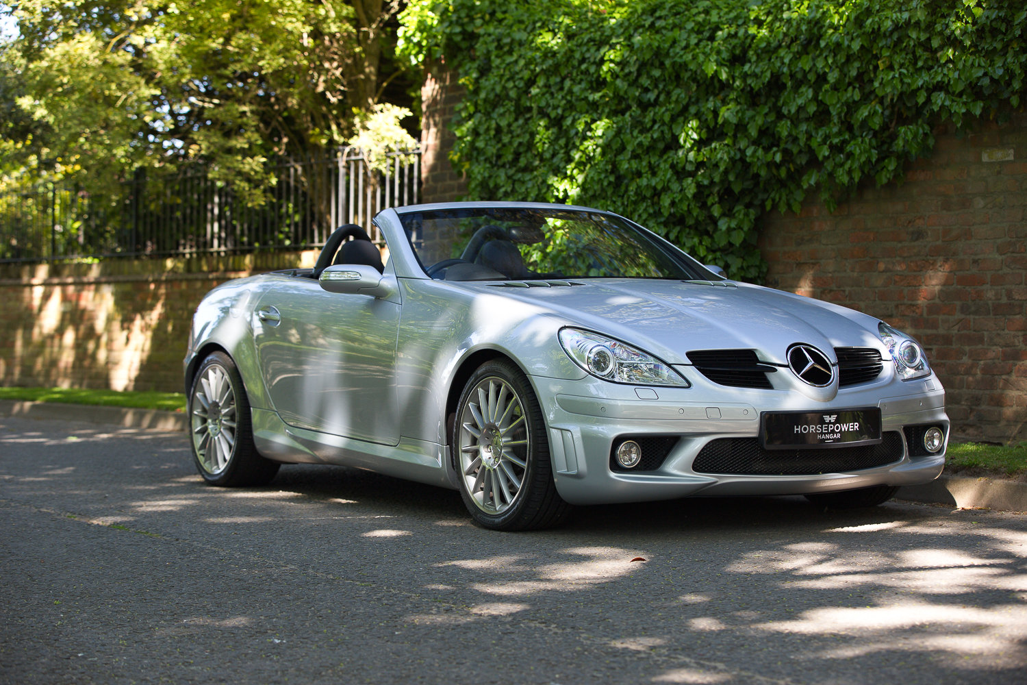2005 Mercedes SLK55 AMG R171- EXCEPTIONAL CONDITION THROUGHOUT For Sale (picture 4 of 6)