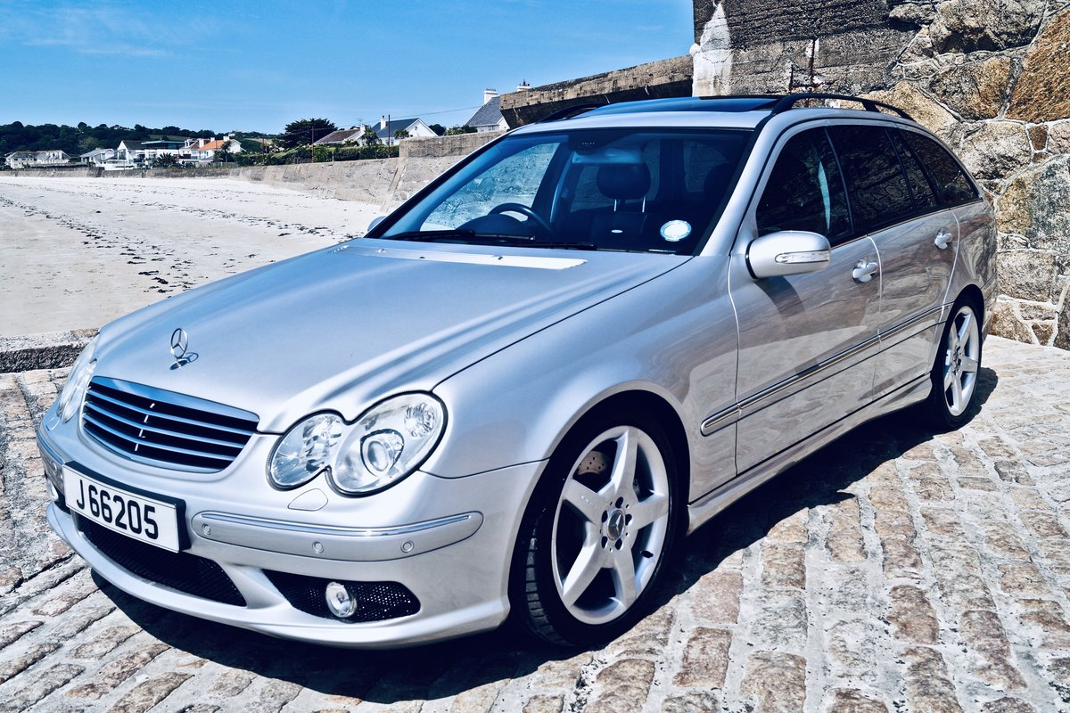 2005 C55 AMG estate - Channel Island car from new - FMSH -2 owner SOLD (picture 1 of 6)