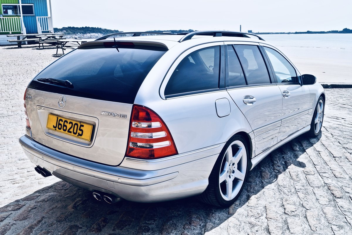 2005 C55 AMG estate - Channel Island car from new - FMSH -2 owner SOLD (picture 3 of 6)