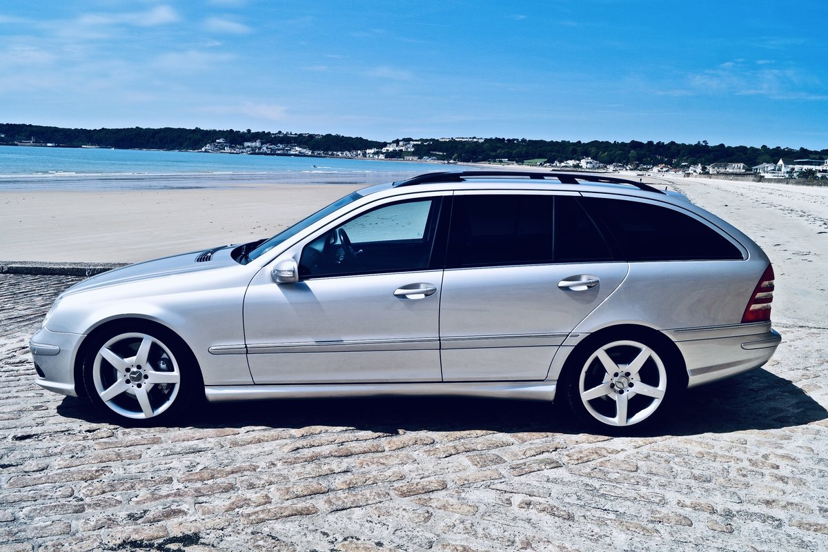 2005 C55 AMG estate - Channel Island car from new - FMSH -2 owner SOLD (picture 5 of 6)