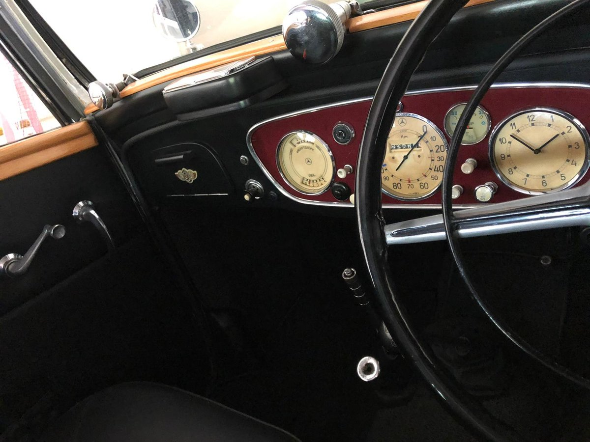 1938 REDUCED - CONCOURSE PRE-WAR RHD MERCEDES 230B CABRIOLET For Sale (picture 4 of 6)