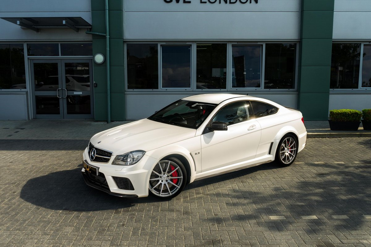 MERCEDES C63 AMG AUTO 2012/62 For Sale (picture 1 of 6)