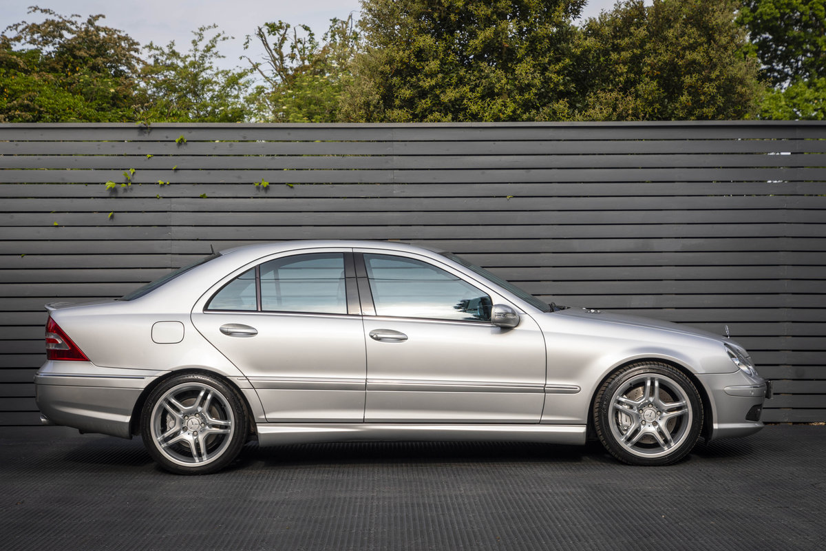 2004 Mercedes C55 AMG SOLD (picture 2 of 6)