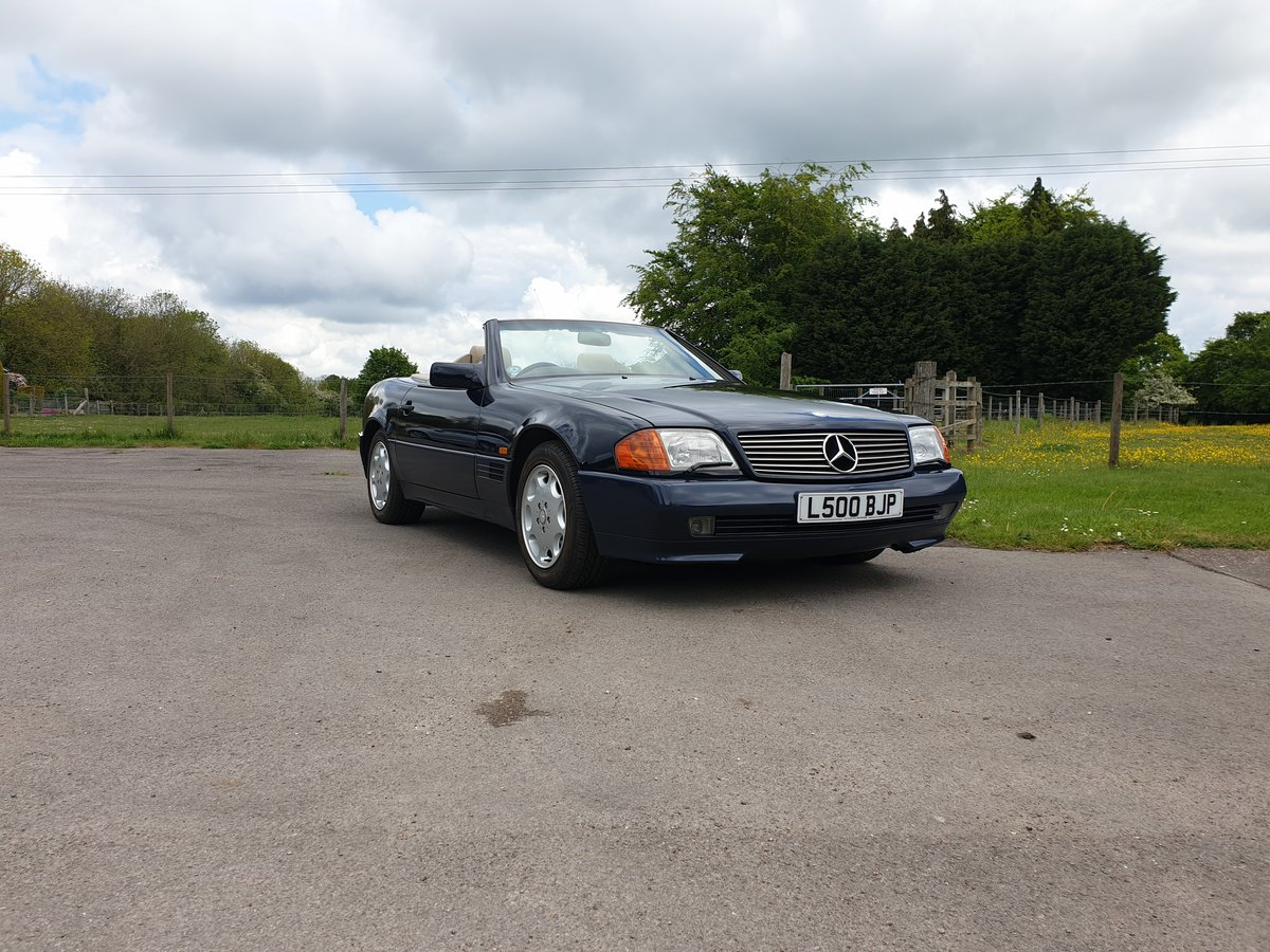 Mercedes SL320 For Sale (picture 2 of 6)
