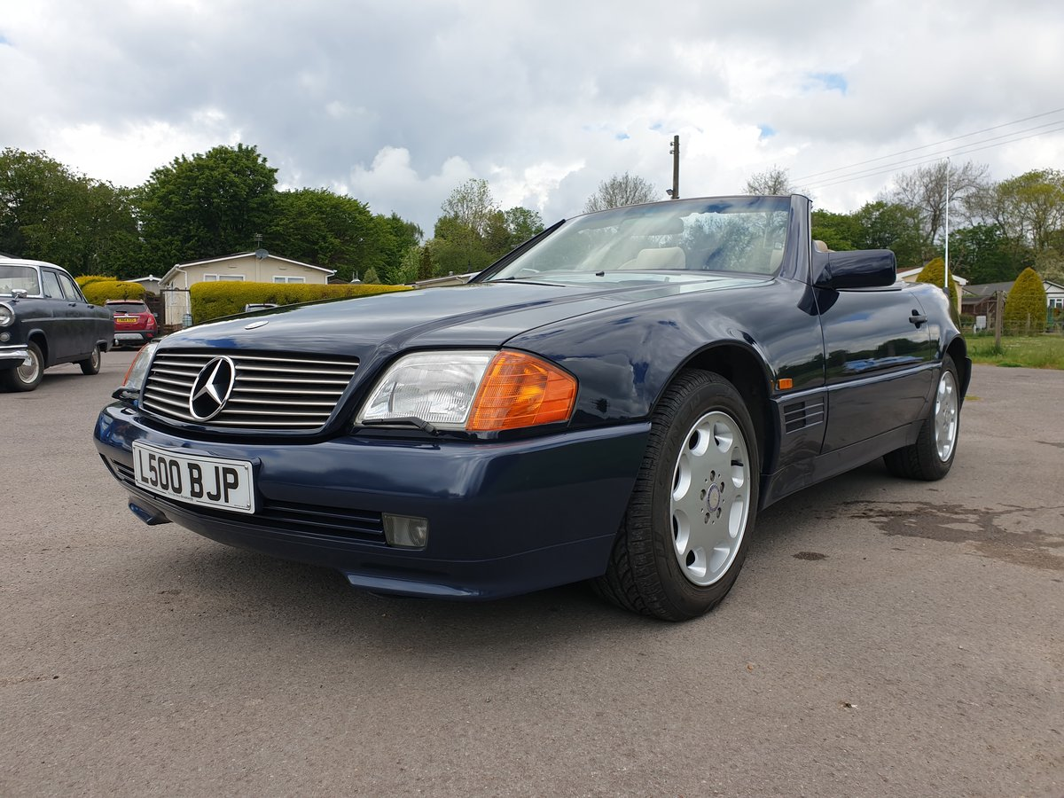 Mercedes SL320 For Sale (picture 4 of 6)