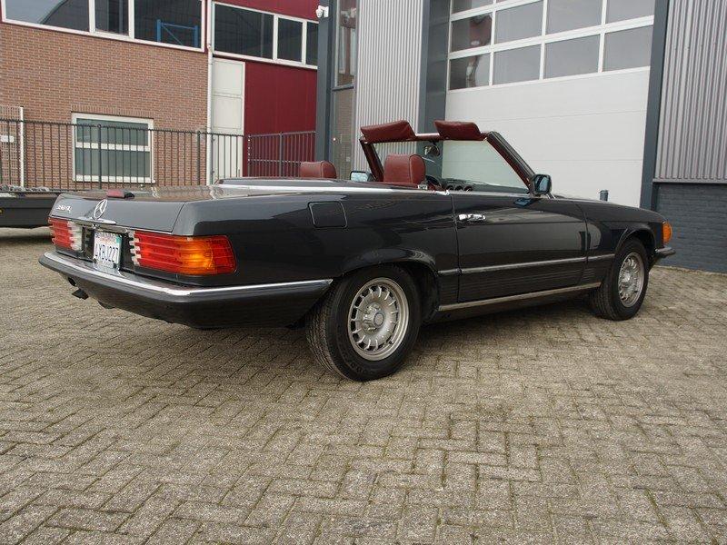1985 Mercedes Benz 380SL W107 original colour For Sale (picture 2 of 6)