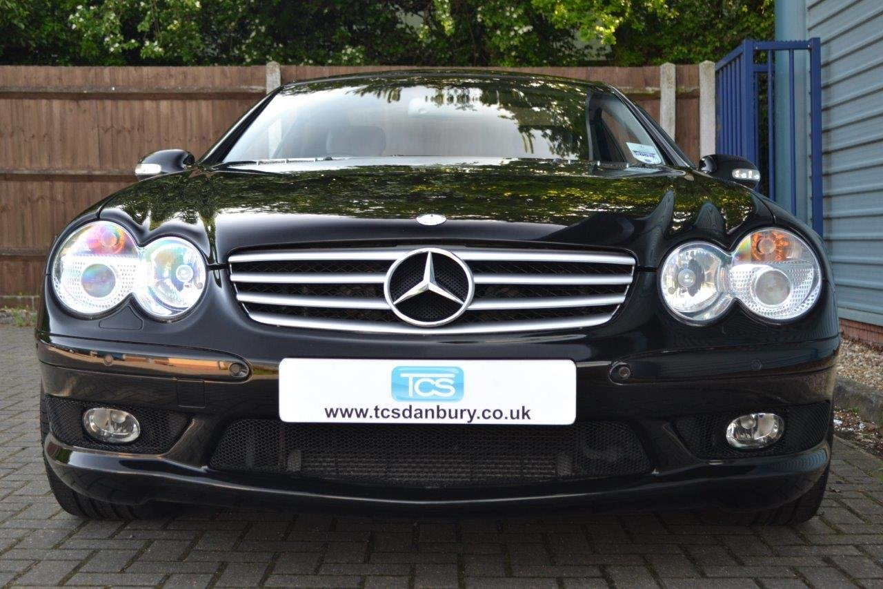 2004 Mercedes-Benz SL55 AMG Roadster Panoramic Roof SOLD (picture 4 of 6)