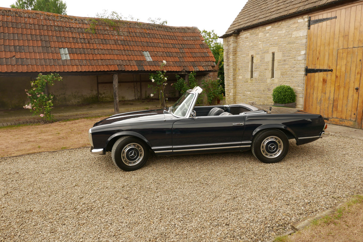1968 Mercedes 280 SL Arrive in Style! SOLD (picture 1 of 6)