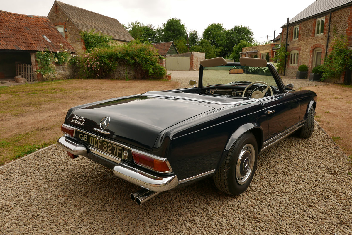 1968 Mercedes 280 SL Arrive in Style! SOLD (picture 3 of 6)