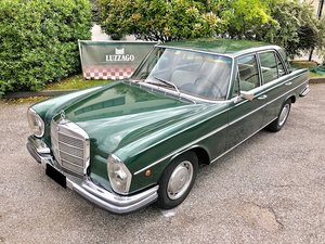 1968 Mercedes Benz - 280 SE 2.7 LTR For Sale
