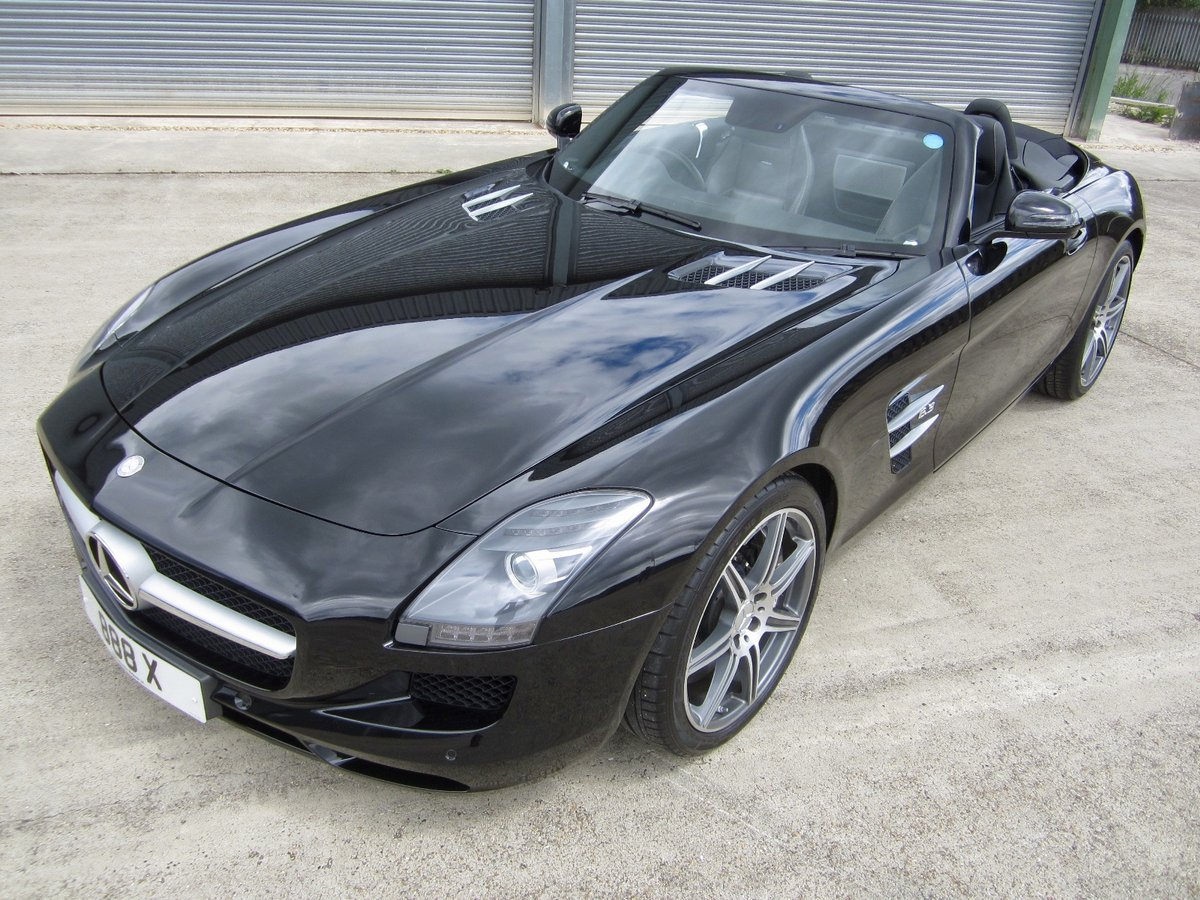 20121 Mercedes SLS AMG Roadster For Sale (picture 2 of 6)