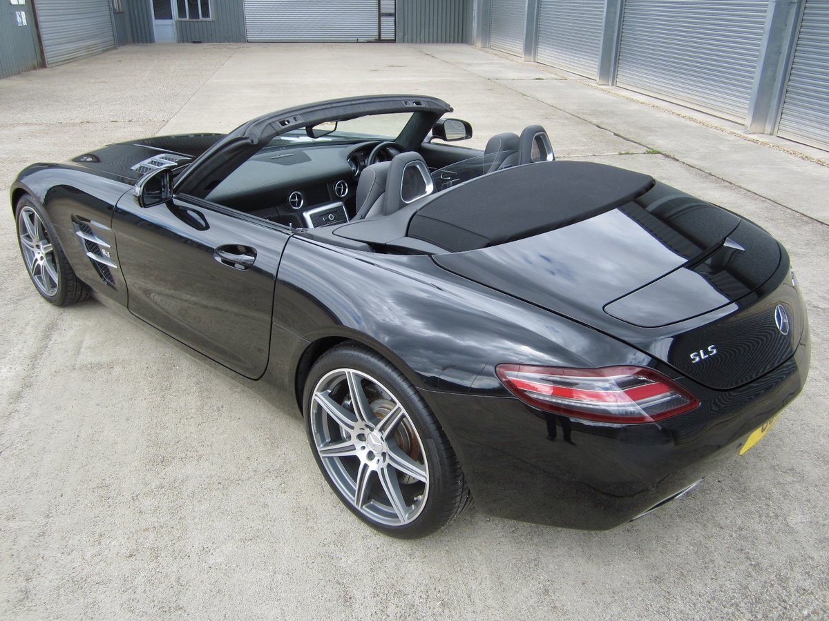 20121 Mercedes SLS AMG Roadster For Sale (picture 4 of 6)