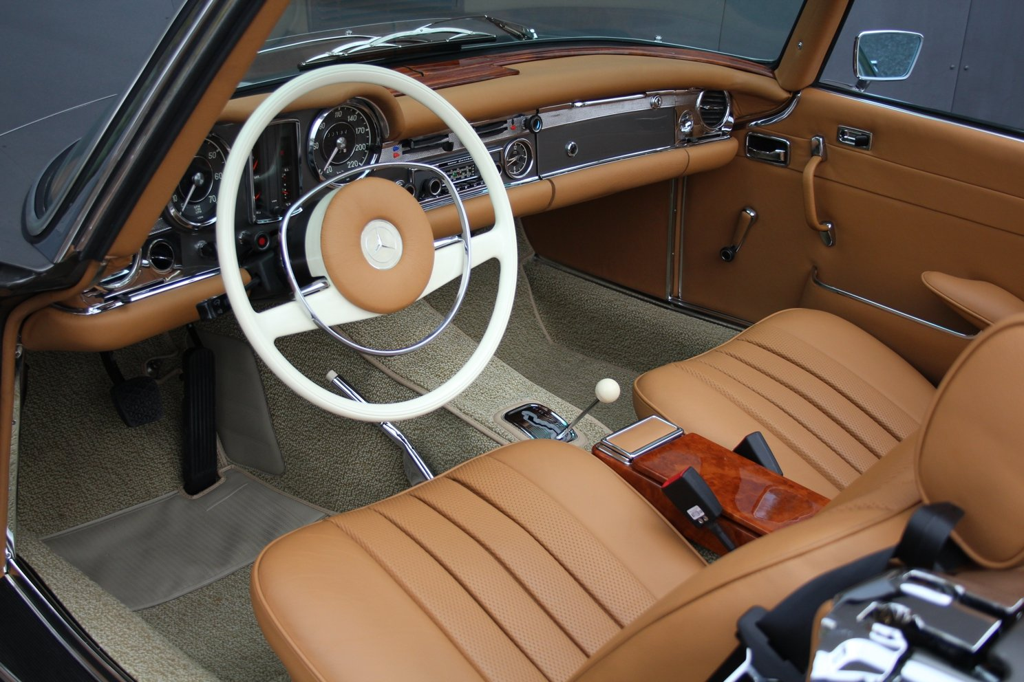 1971 Mercedes-Benz 280 SL Pagoda LHD For Sale (picture 3 of 6)
