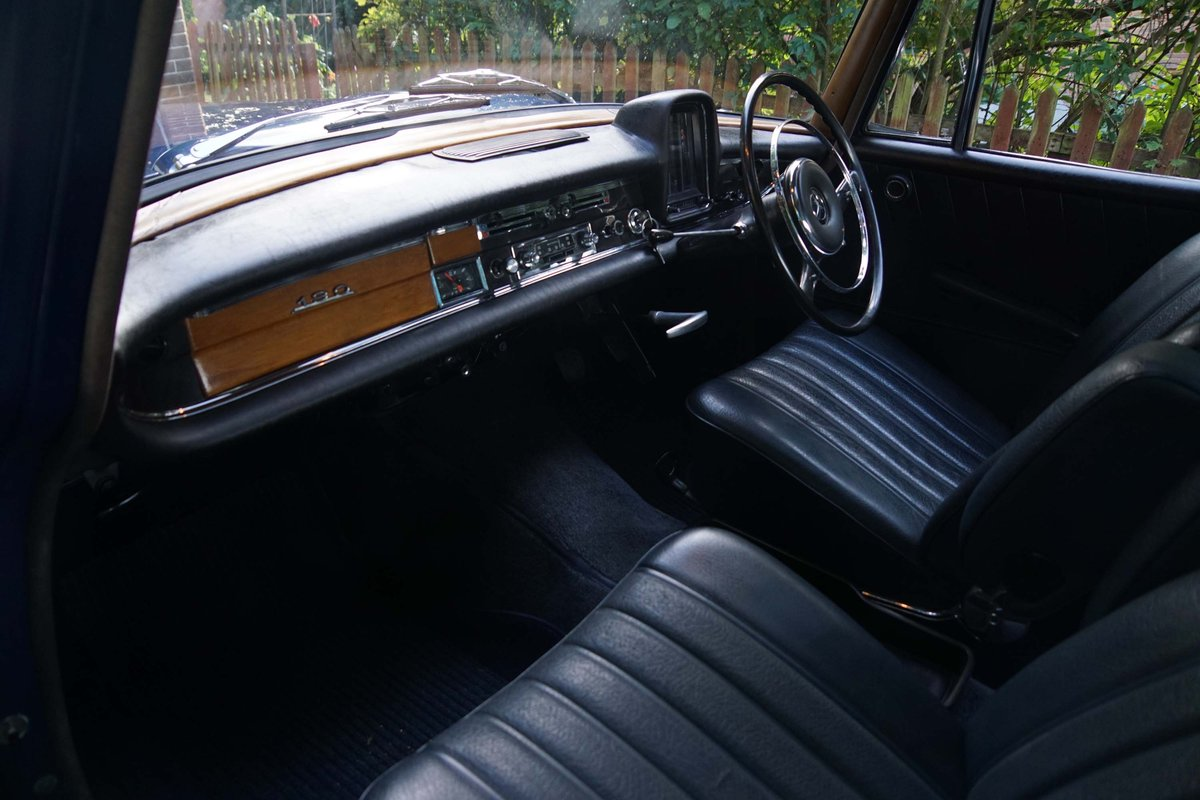 1962 W110 Fintail For Sale (picture 5 of 6)