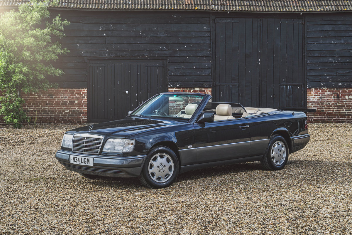 1994 Mercedes E220 Cabriolet For Sale (picture 1 of 6)