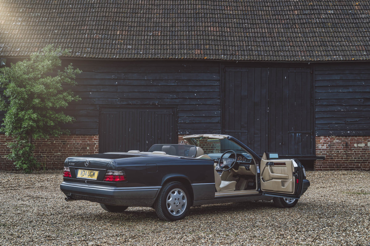 1994 Mercedes E220 Cabriolet For Sale (picture 6 of 6)