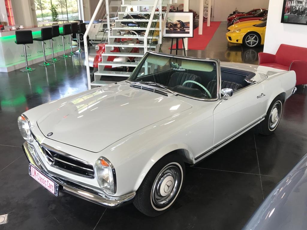 1967 Mercedes 230 SL Pagode For Sale (picture 1 of 6)
