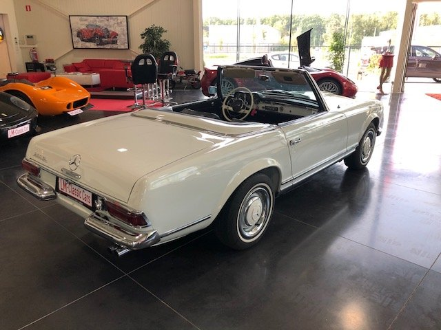 1967 Mercedes 230 SL Pagode For Sale (picture 3 of 6)