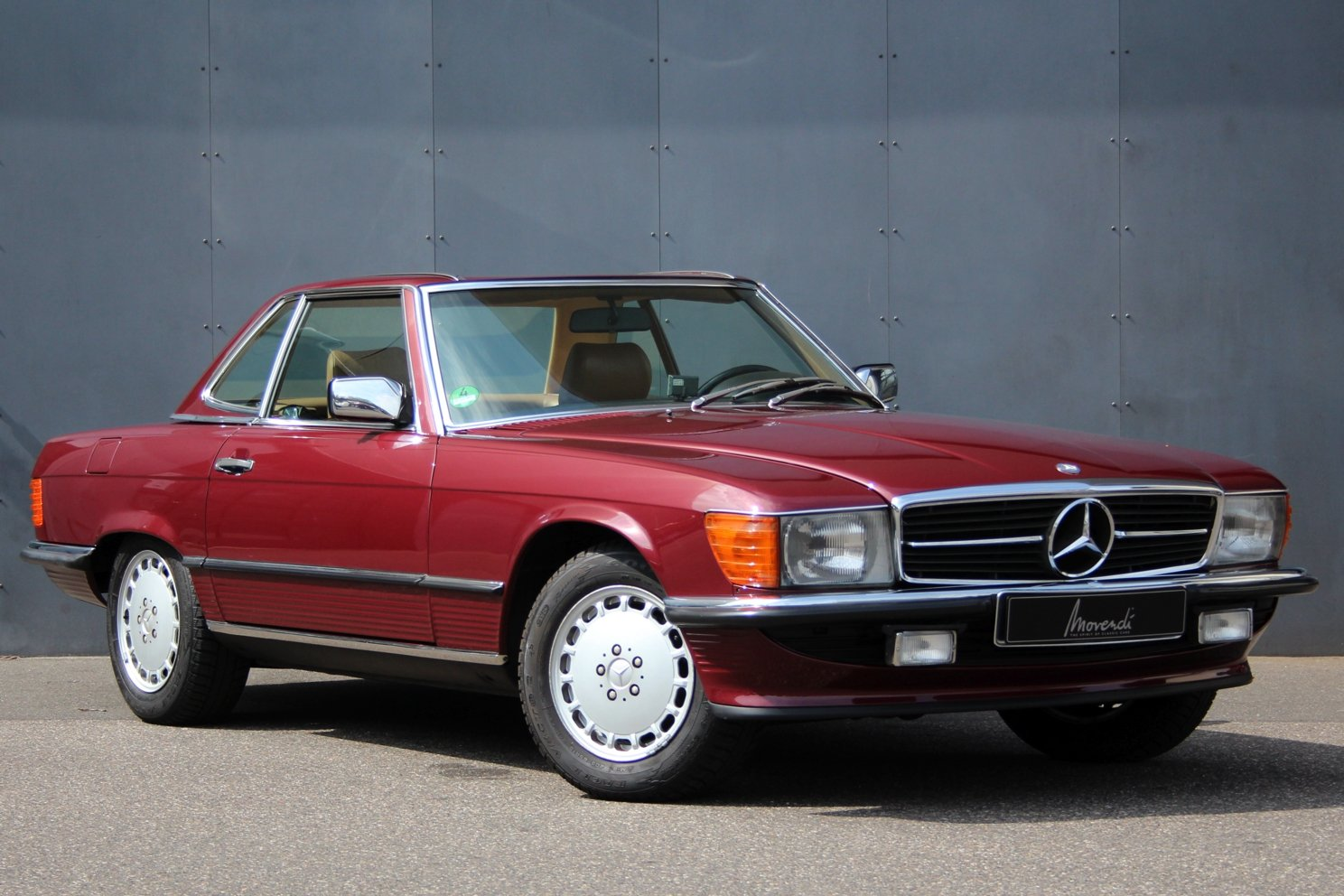 1986 Mercedes-Benz 300 SL LHD For Sale (picture 1 of 6)