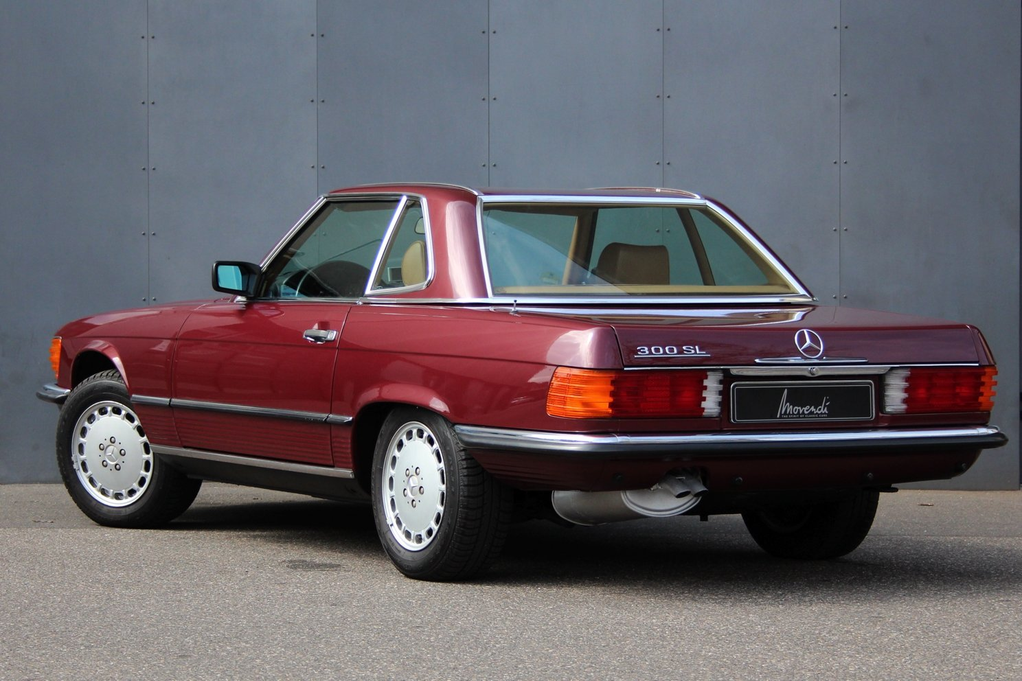 1986 Mercedes-Benz 300 SL LHD For Sale (picture 2 of 6)