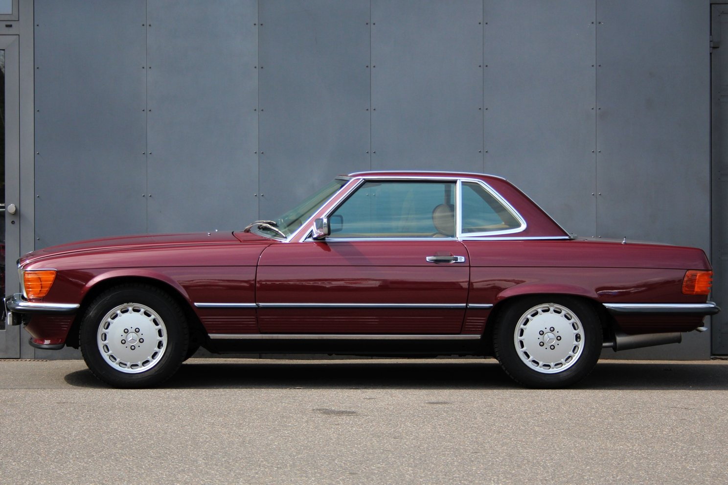 1986 Mercedes-Benz 300 SL LHD For Sale (picture 5 of 6)