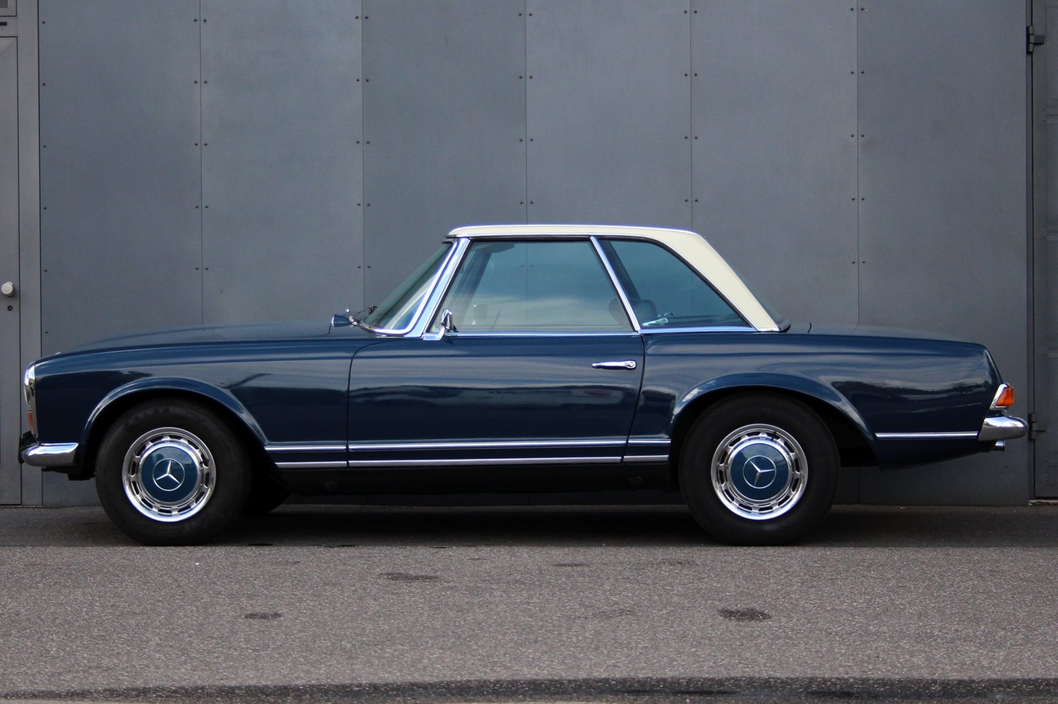 1963 Mercedes-Benz 280 SL Pagoda LHD (Automatic transmission) For Sale (picture 5 of 6)