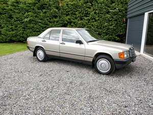 Unbelievable 9000 mile, U.K. register 1985 Mercedes 190E 2.0 For Sale