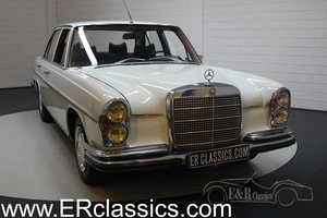 Mercedes-Benz 280SE W108 Saloon 1968 Papyrusweiss For Sale