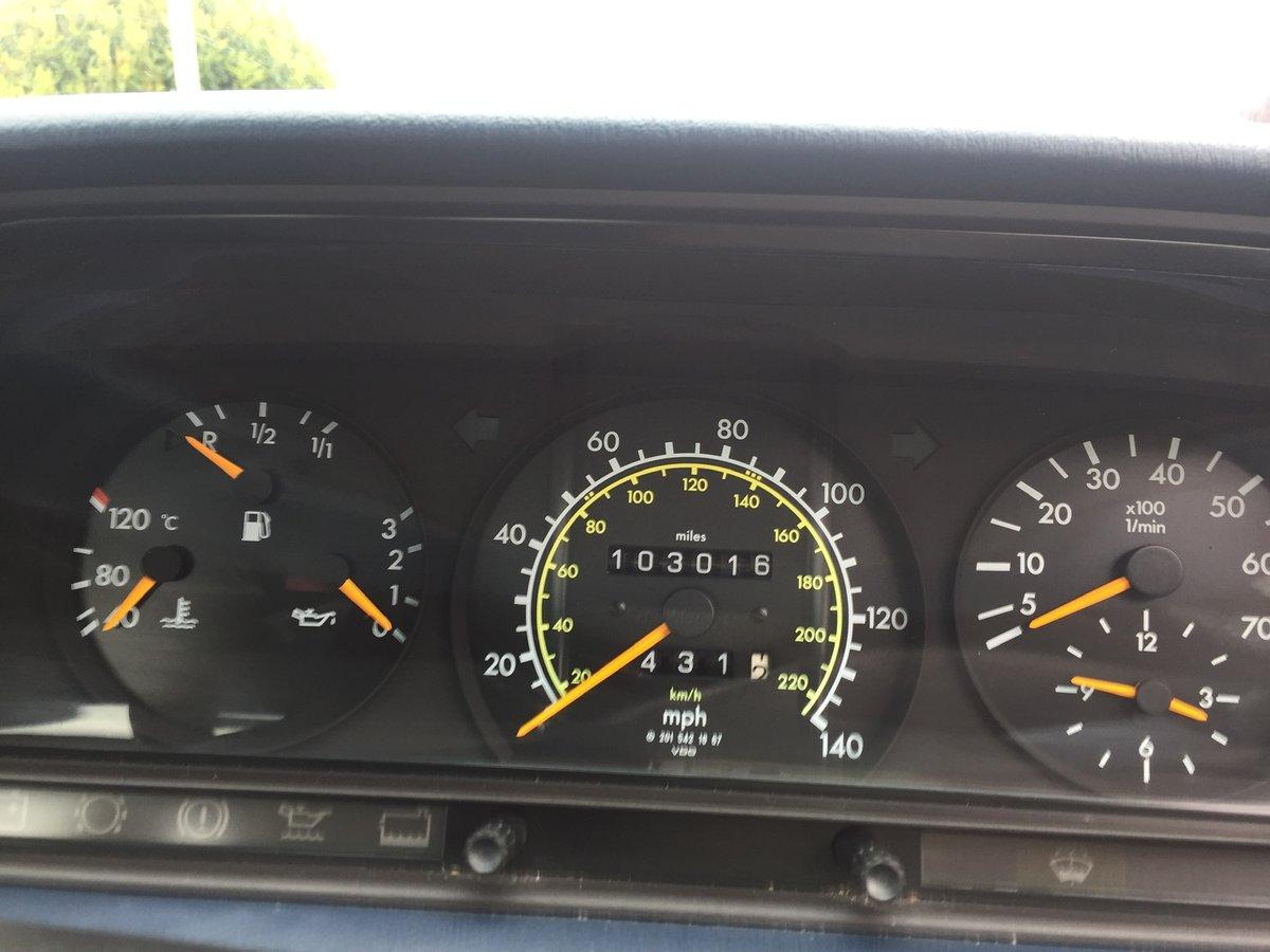 1992 Mercedes 190e Auto 1.8 For Sale (picture 4 of 6)