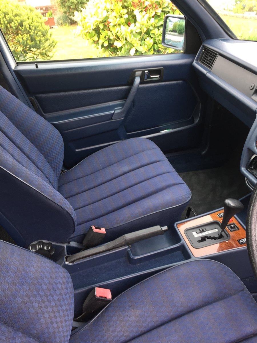 1992 Mercedes 190e Auto 1.8 For Sale (picture 6 of 6)