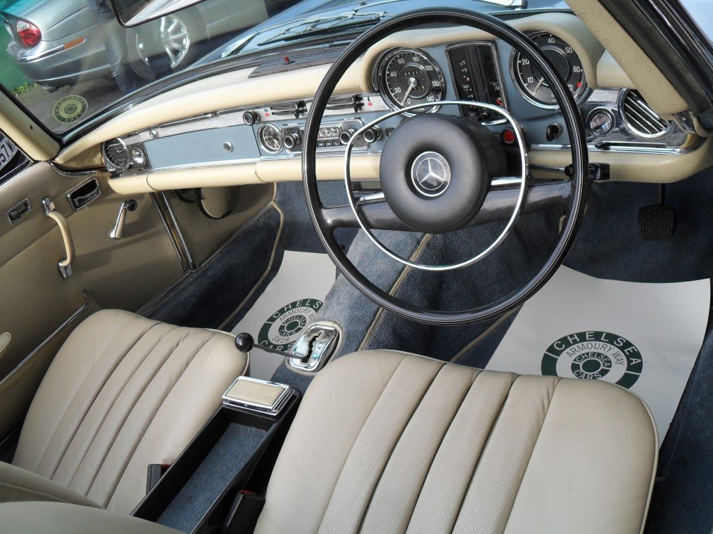 1969 Mercedes Benz 280SL Pagoda For Sale (picture 4 of 5)