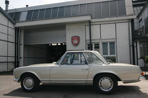 1966 Mercedes Benz 230 SL   5-speed gearbox ZF For Sale