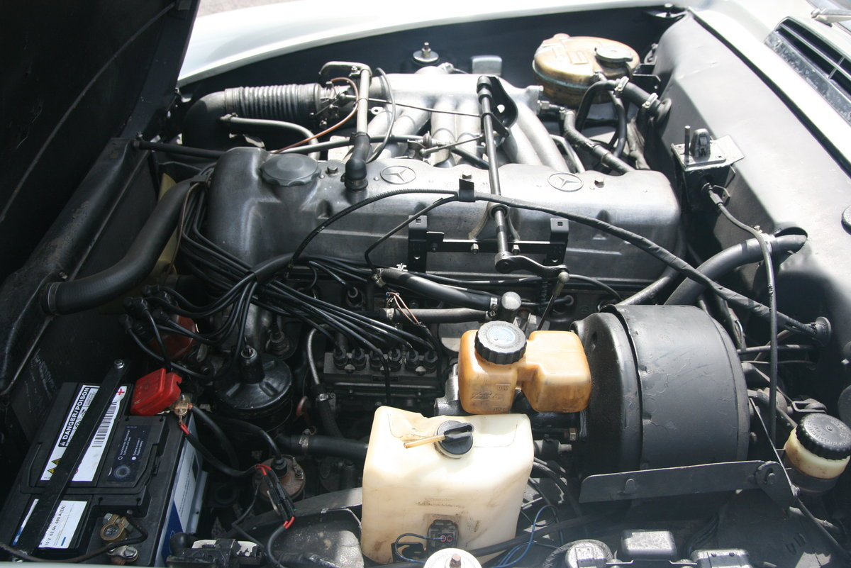1966 Mercedes Benz 230 SL   5-speed gearbox ZF For Sale (picture 4 of 6)