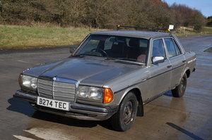 1985 W123 Mercedes 240D Diesel For Sale