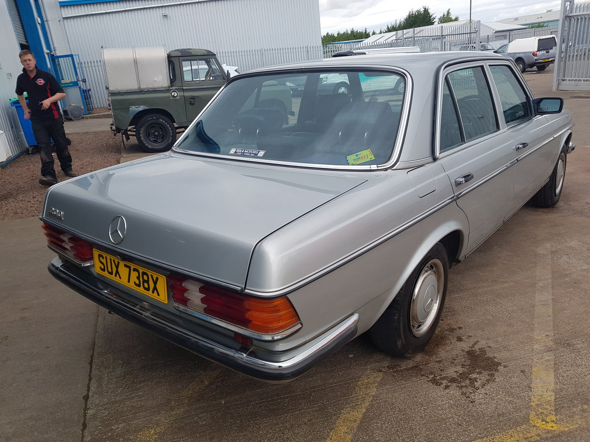 1982 Mercedes Benz 200 - 1 Owner 75k For Sale (picture 3 of 6)
