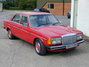 1978 MERCEDES W123 240d RHD UK CAR - RESTORED - ENGINE FAULT  For Sale