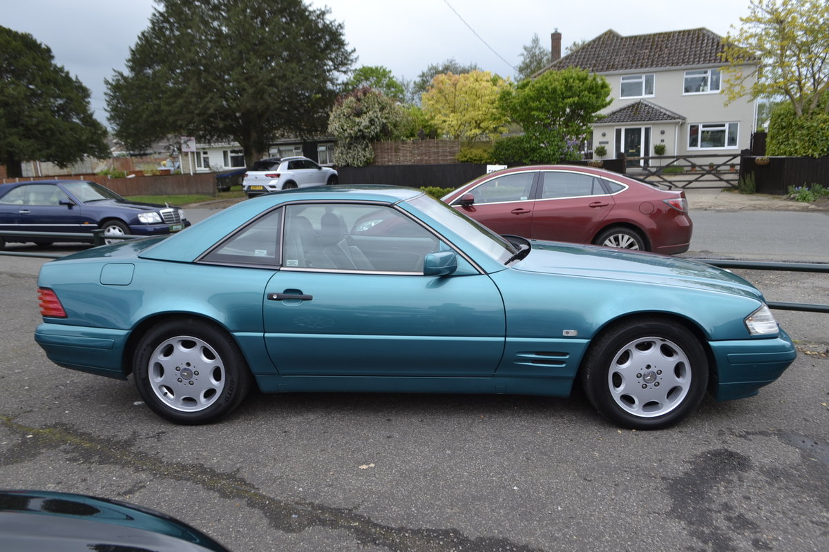 1997 Mercedes SL 280 + hard and soft top For Sale (picture 9 of 12)