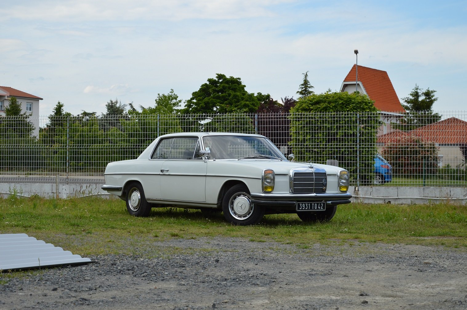 1969 – Mercedes 250 CE For Sale by Auction (picture 1 of 5)