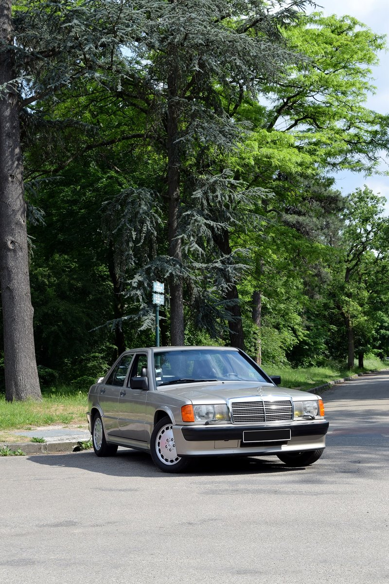 1984 - Mercedes Benz 190 E 2.3-16 For Sale by Auction (picture 1 of 5)
