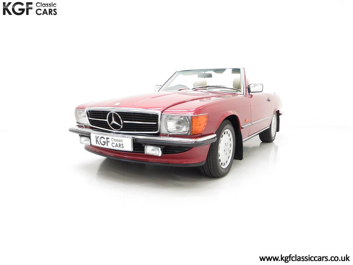 1989 A Mercedes-Benz 300SL R107 with Just 8,983 Miles from New SOLD (picture 2 of 6)
