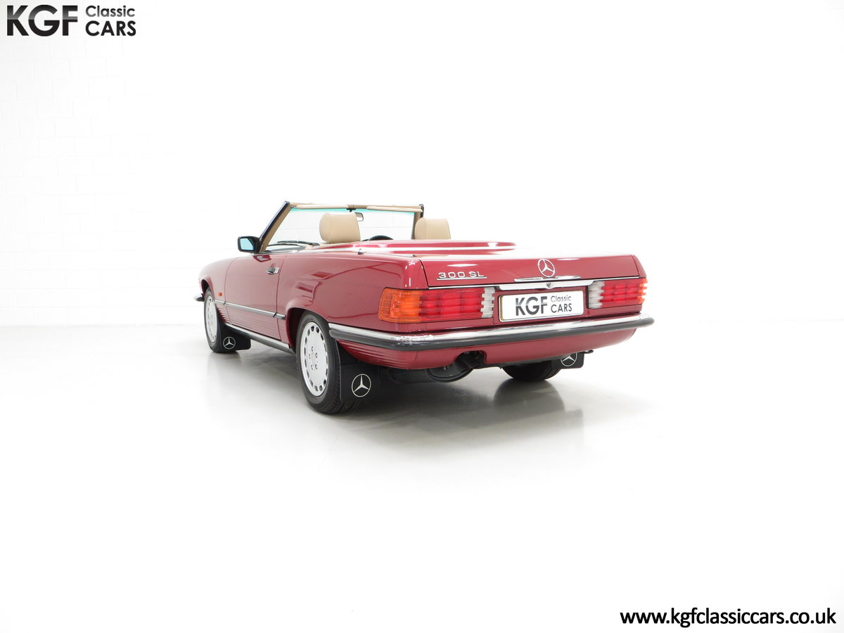 1989 A Mercedes-Benz 300SL R107 with Just 8,983 Miles from New SOLD (picture 4 of 6)