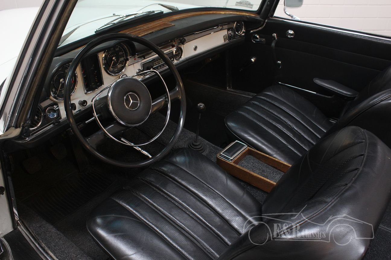 Mercedes-Benz 250SL 1967 Manual transmission For Sale (picture 3 of 6)