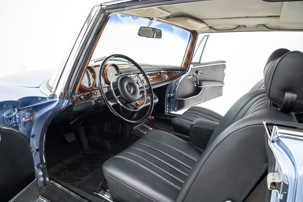 1970 Mercedes 280SE 3.5 Coupe low 7.5k miles Auto Blue $99.5 For Sale (picture 3 of 6)