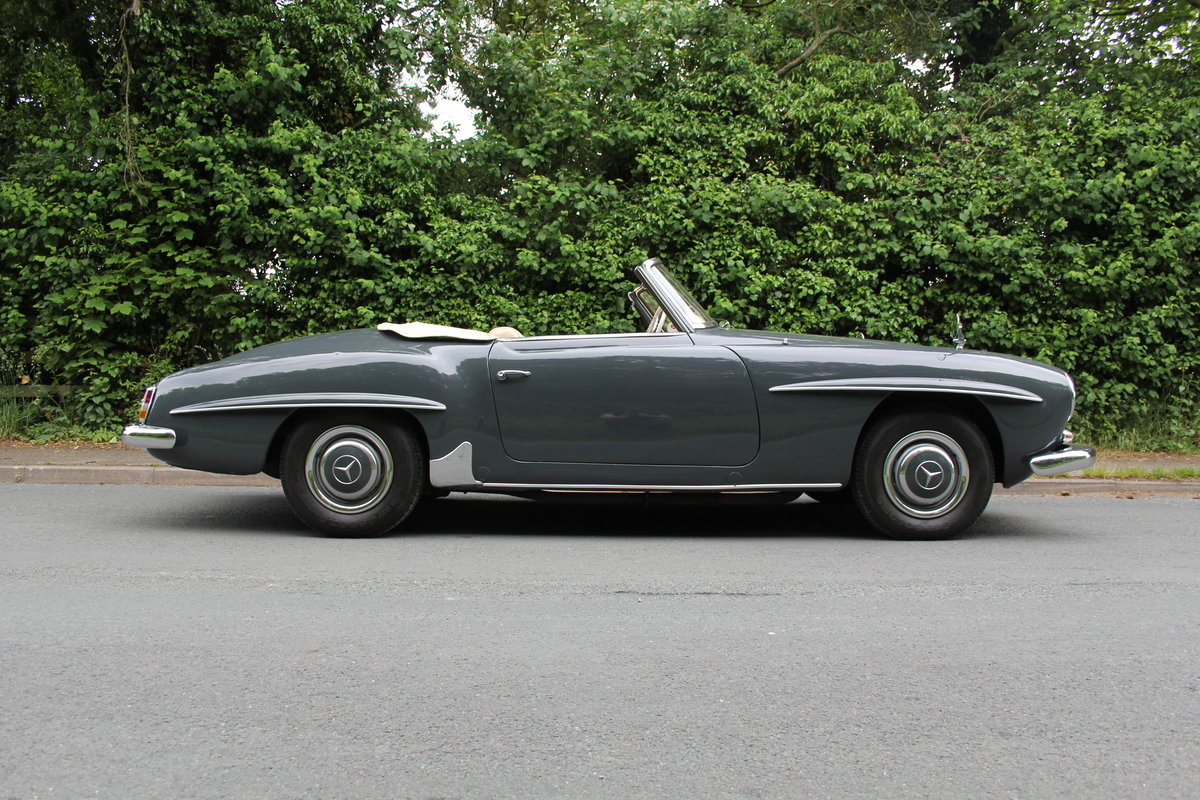 1960 Mercedes Benz 190SL - UK, Matching No's, RHD SOLD (picture 6 of 12)